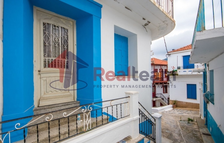 For Sale Maisonette 125 sq.m. Sporades-Skopelos – Main town – Chora